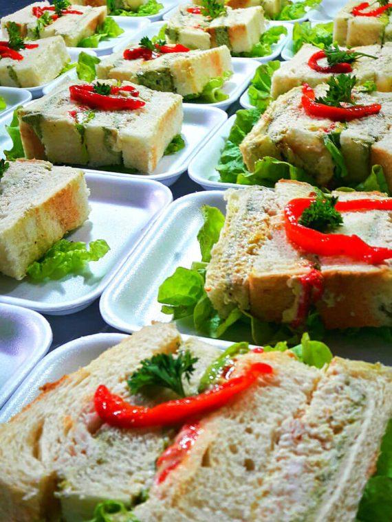 Terrina de sandwich con aguacate