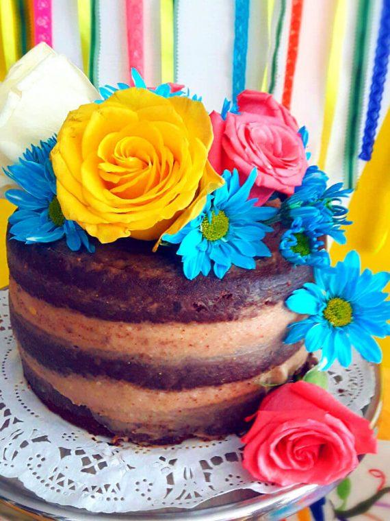 Torta Naked de Chocolate con Flores